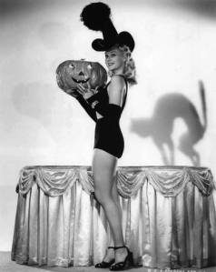 Vintage-Halloween-Witch-Adele-Jergens-2