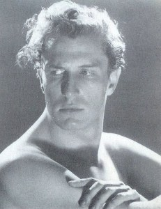 I added this image of Vincent Price just because he is smoking HOT.