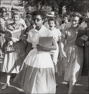 290px-little_rock_desegregation_1957